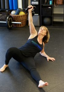 cindy lawson, sfg, turkish getup, kettlebell